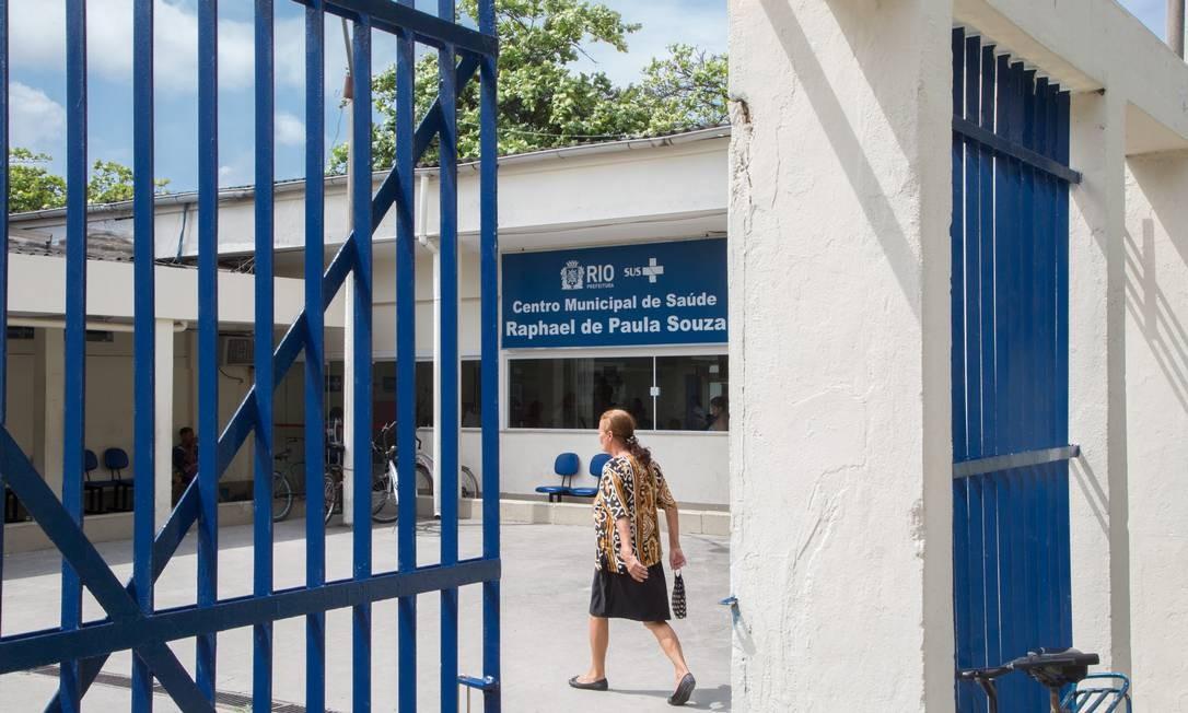 O CMS Raphael de Paula Souza, em Curicica: região administrativa 4.0, será a mais atingida, com 36 equipes a menos Foto: Emily Almeida / Agência O Globo