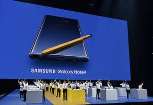 A Samsung é a maior fabricante de smartphones no mundo, mas vem registrando queda nas vendas nos últimos anos Foto: TIMOTHY A. CLARY / AFP