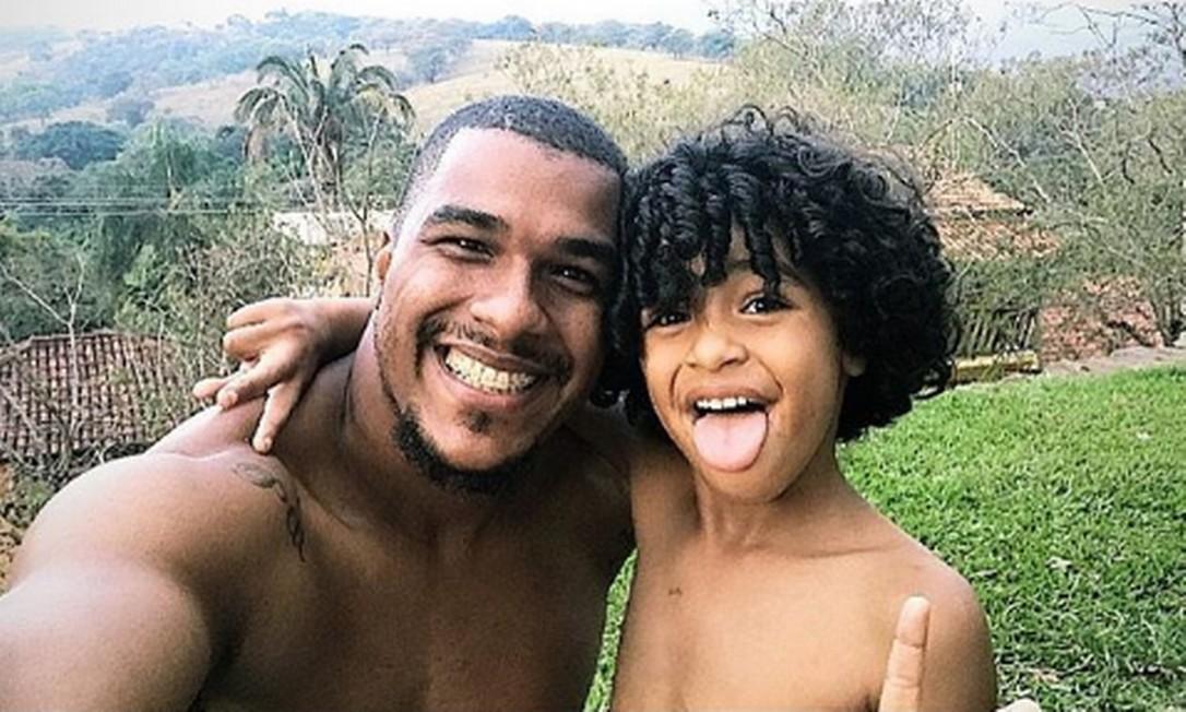 Filho do jogador Elisson ajudou a salvar vidas Foto: Instagram/Reprodução