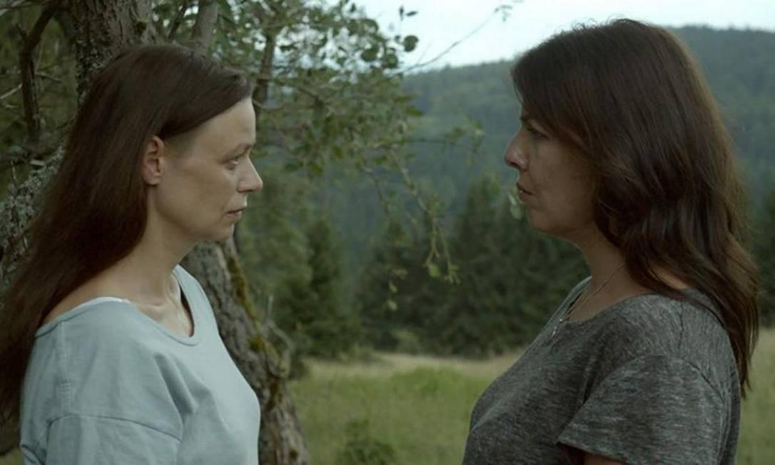 Malgorzata Szczerbowska e Anna Krotoska: tensão entre irmãs Foto: Divulgação