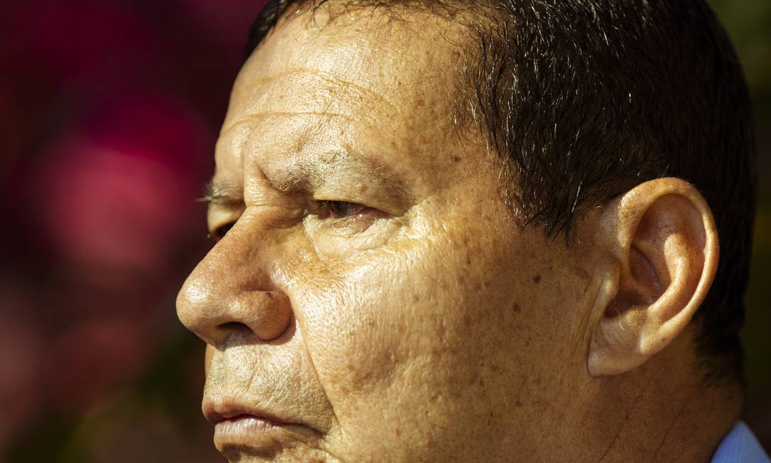 O vice-presidente eleito e general da reserva Hamilton Mourão Foto: Leo Martins / Agência O Globo