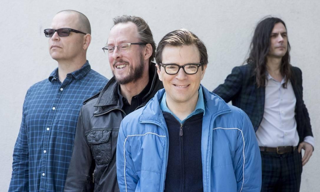 Da esquerda para a direita: Patrick Wilson, Scott Shriner, Rivers Cuomo e Brian Bell, do Weezer Foto: Michal Czerwonka / NYT