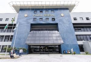 Fachada do prédio da Polícia Federal em Curitiba Foto: Gilmar Rose / Photo Premium/Agência O Globo (06/04/2018)