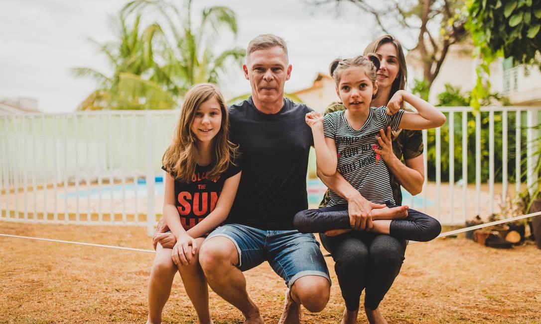 Norberto Fischer com a mulher, Katiele, e as filhas Julia e Anny Foto: Arquivo Pessoal / .