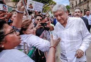 Longa transição. Eleito em julho, o novo presidente do México toma posse dia 1º depois de já ter sido criticado por promover referendo improvisado e indicar que manterá militarização da segurança Foto: ULISES RUIZ / ULISES RUIZ/AFP