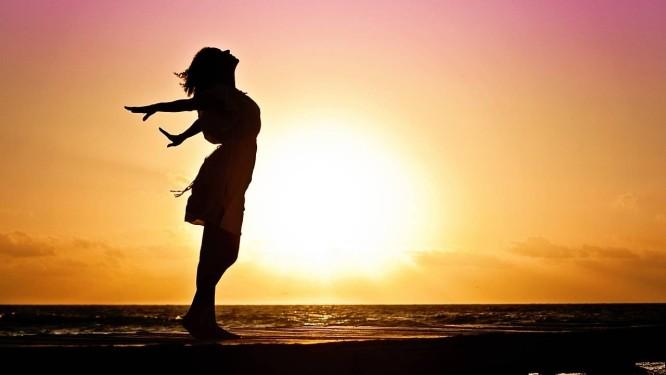 Meditação e exercícios de respiração podem ajudar a controlar o desânimo de toda segunda-feira Foto: Pixabay
