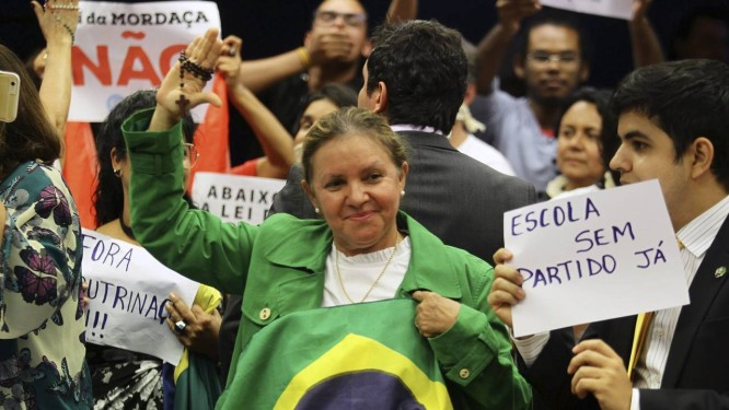 Votação do projeto Escola Sem Partido Foto: Jorge William / Agência O Globo
