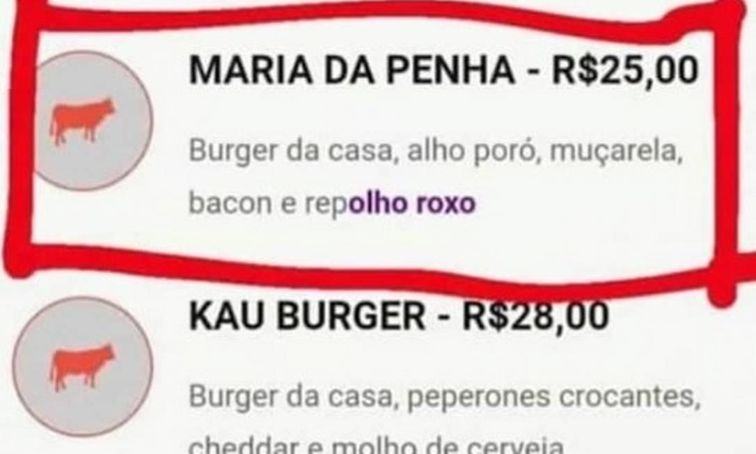 """Foto feita por usuário que criticou hamburgueria mostrava descrição de hambúrguer """"Maria da Penha"""" Foto: Reprodução Twitter"""