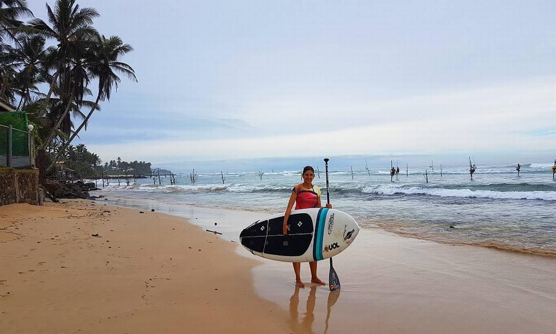 Roberta Borsari em praia no Sri Lanka Foto: Malka Nihom