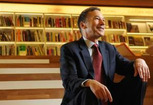 Um dos fundadores do Programa de Negociação da Universidade Harvard, William Ury, de 65 anos, é coautor do best-seller Como chegar ao sim Foto: Claudio Belli / Agência O Globo