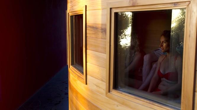Estação de esqui na base do Vulcão Villarrica. Hóspedes de hotel podem assistir ao pôr do sol de dentro da sauna. Foto: Alexandre Cassiano / Agência O Globo
