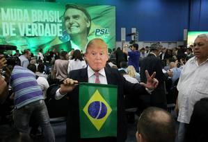 Em julho de 2018, eleitor de Jair Bolsonaro comparece ao evento do lançamento da sua candidatura pelo PSL no Rio de Janeiro Foto: Guilherme Pinto / Agência O Globo
