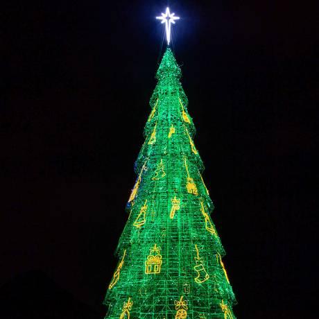Árvore terá 70 metros e 900 mil lâmpadas de LED Foto: Divulgação/Fernando Maia