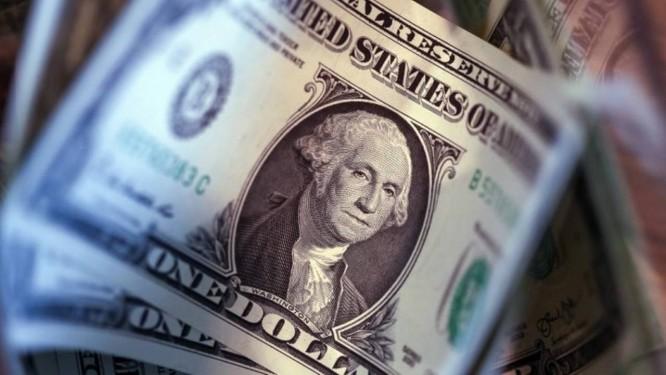 Dólar abre praticamente estável, a R$ 3,85 Foto: Bloomberg