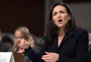 Sheryl Sandberg, diretora de operações do Facebook, durante depopimento perante o Comitê de Inteligência do Senado em Washington, em setembro de 2018 Foto: JIM WATSON / AFP