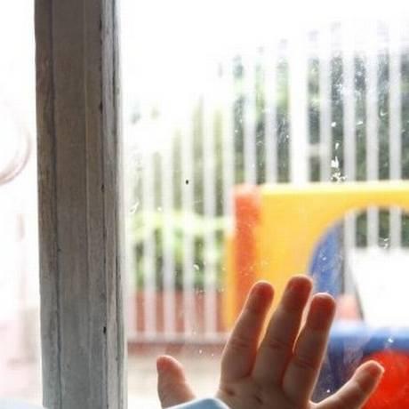 Segundo a Fundação para a Infância da França, 85% dos pais no país usam a violência com fins educacionais. Foto: Simone Marinho / Agência O Globo