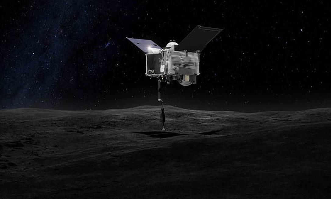 Ilustração mostra a sonda Osiris-Rex colhendo amostra da superfície do asteroide Bennu: rocha espacial é um verdadeiro fóssil da formação do Sistema Solar Foto: / Divulgação/Nasa