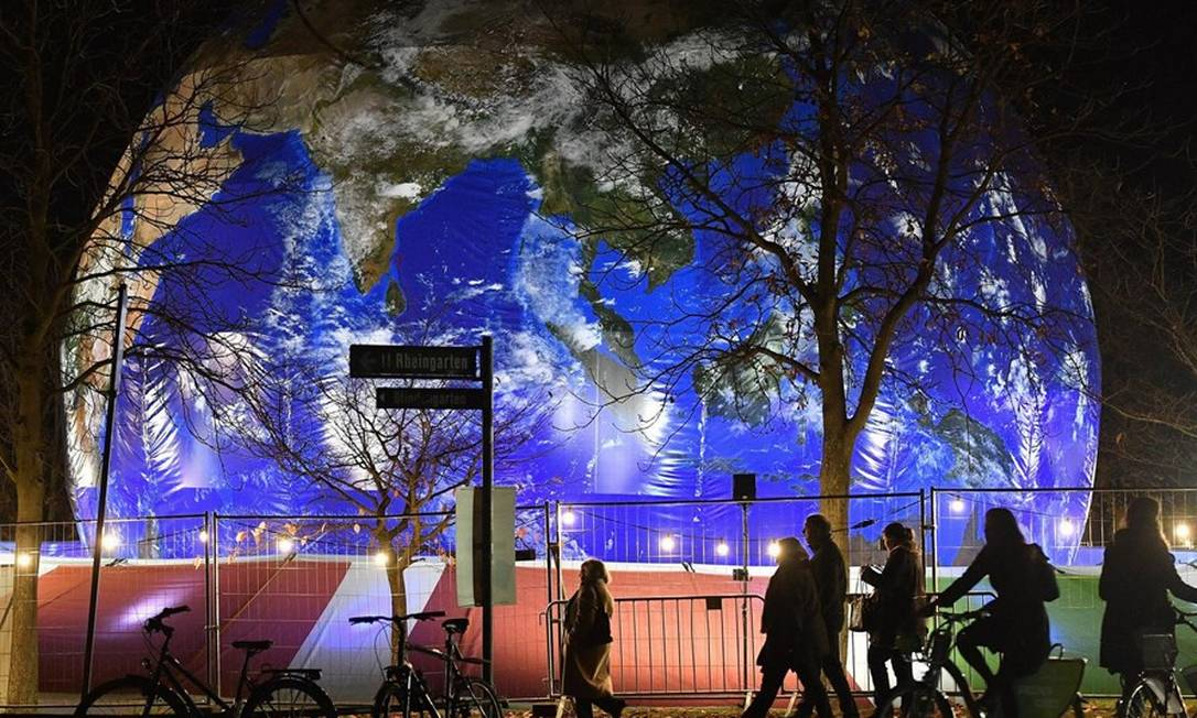 Pavilhão alemão na COP de 2017: reunião na Polônia começa em meio a um fortalecimento político de ala que nega estudos científicos Foto: Martin Meissner/AP/15-11-2017