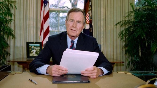 George H. W. Bush morreu nesta sexta-feira, aos 94 anos Foto: Luke Frazza / AFP