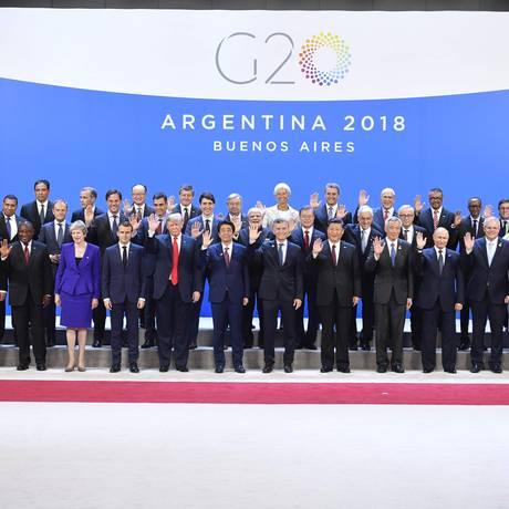 Foto oficila dos líderes do G-20 reunidos em Buenos Aires Foto: ALEXANDER NEMENOV/AFP
