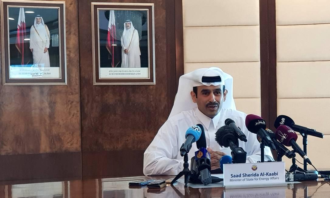 Saad al-Kaabi, ministro para Assuntos Energéticos, fala durante uma coletiva de imprensa em Doha, no Catar Foto: ERIC KNECHT / REUTERS