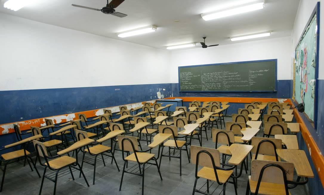 Jovens brasileiros também são os piores em matemática e não têm fluência em inglês Foto: Guilherme Pinto / .