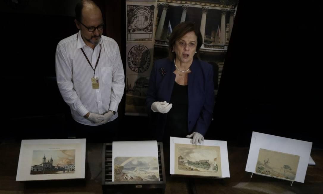 Coletiva para anunciar que parte das obras roubadas da biblioteca nacional serão devolvidas Foto: Antonio Scorza / Agência O Globo