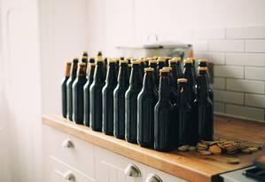 Garrafas de cerveja em embalagens retornáveis são grande aposta do setor Foto: Pixabay