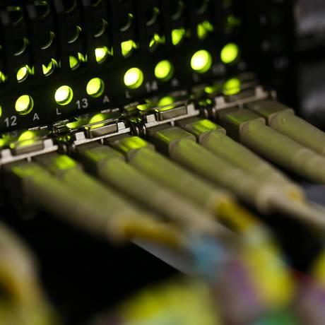 Mudança na legislação impulsionará investimentos em fibra ótica Foto: Chris Ratcliffe / Bloomberg