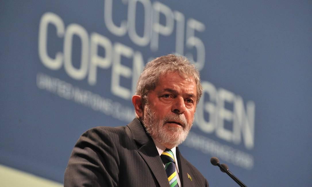 O ex-presidente Luiz Inácio Lula da Silva durante a COP15, em Copenhague Foto: Attila Kisbenedek / AFP