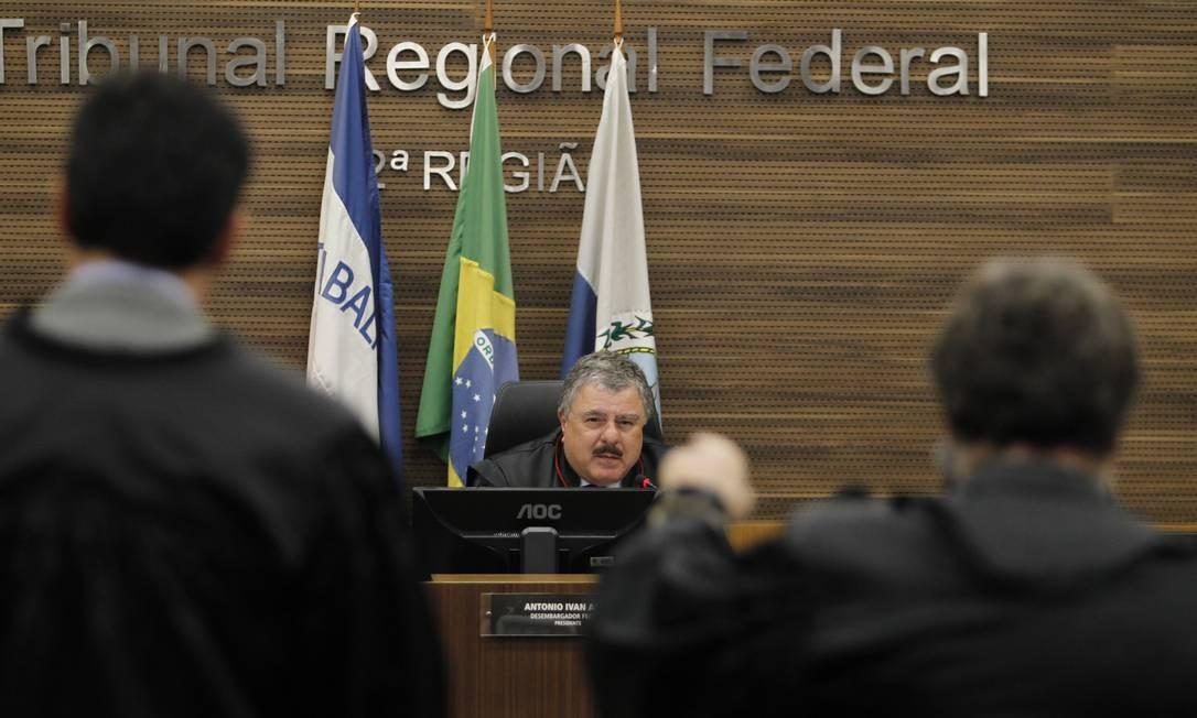 Plenário do Tribunal Regional Federal da 2ª Região Foto: Pedro Teixeira / O Globo/Arquivo