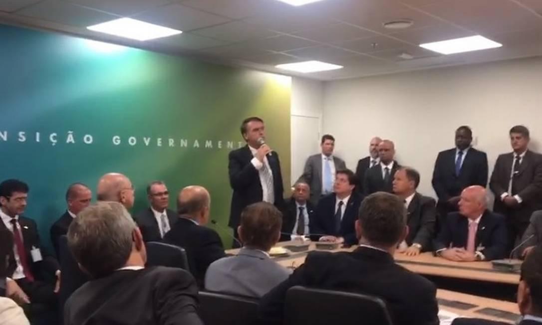 O presidente eleito, Jair Bolsonaro, durante reunião com MDB Foto: Reprodução