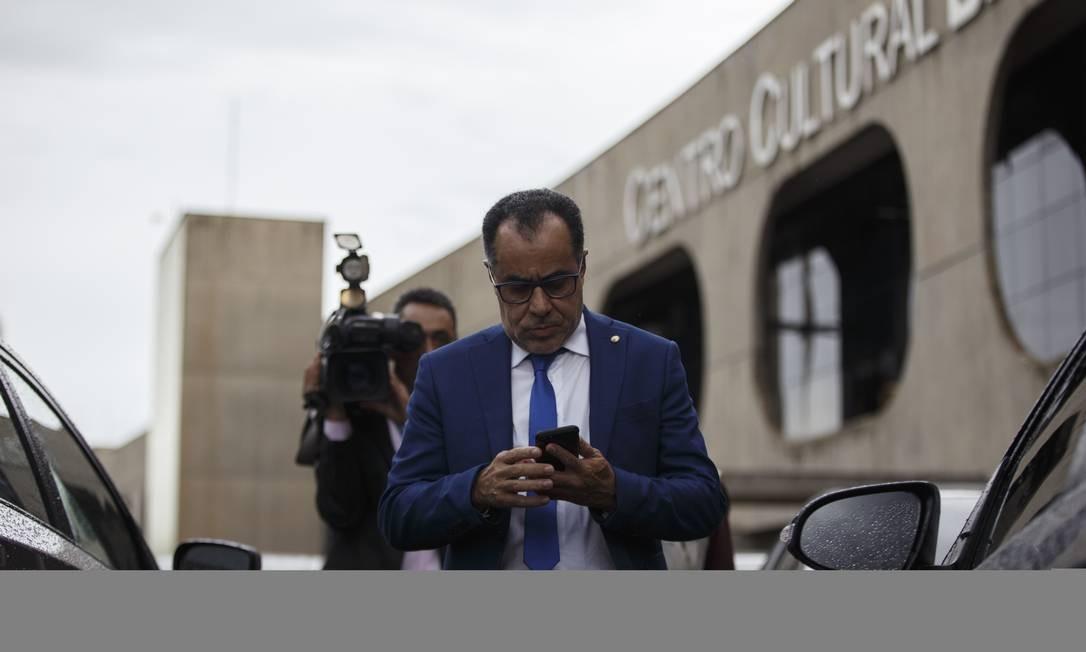 Deputado Celso Jacob em frente ao gabinete de transicao em Brasilia Foto: Daniel Marenco / Agência O Globo