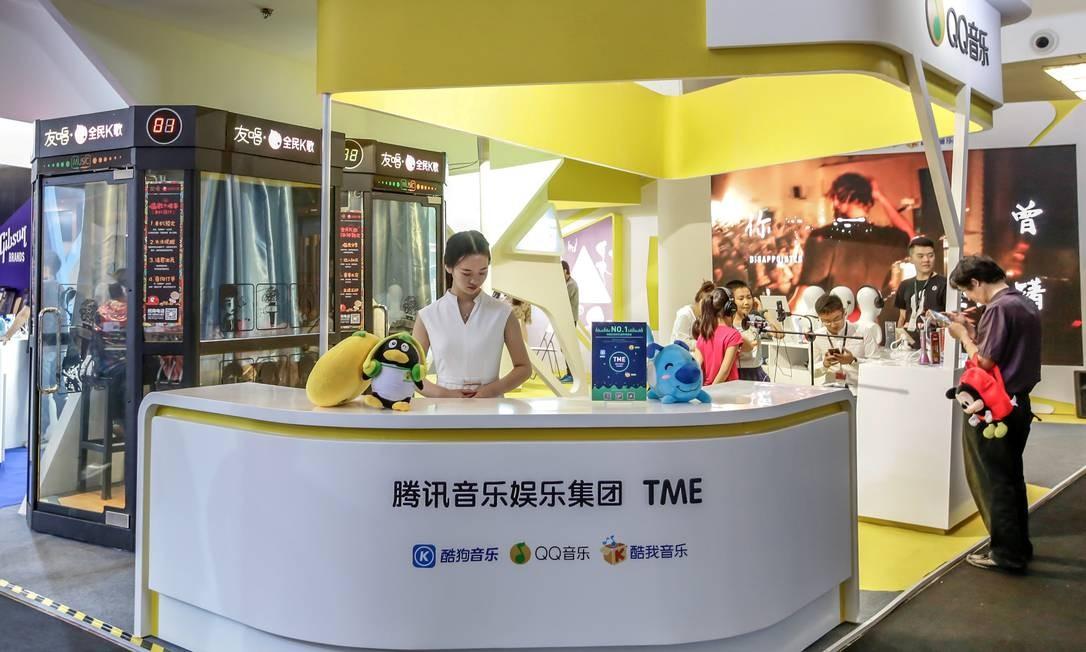 Estande da Tencent Music em feira de tecnologia em Pequim. Foto: China Stringer Network / REUTERS
