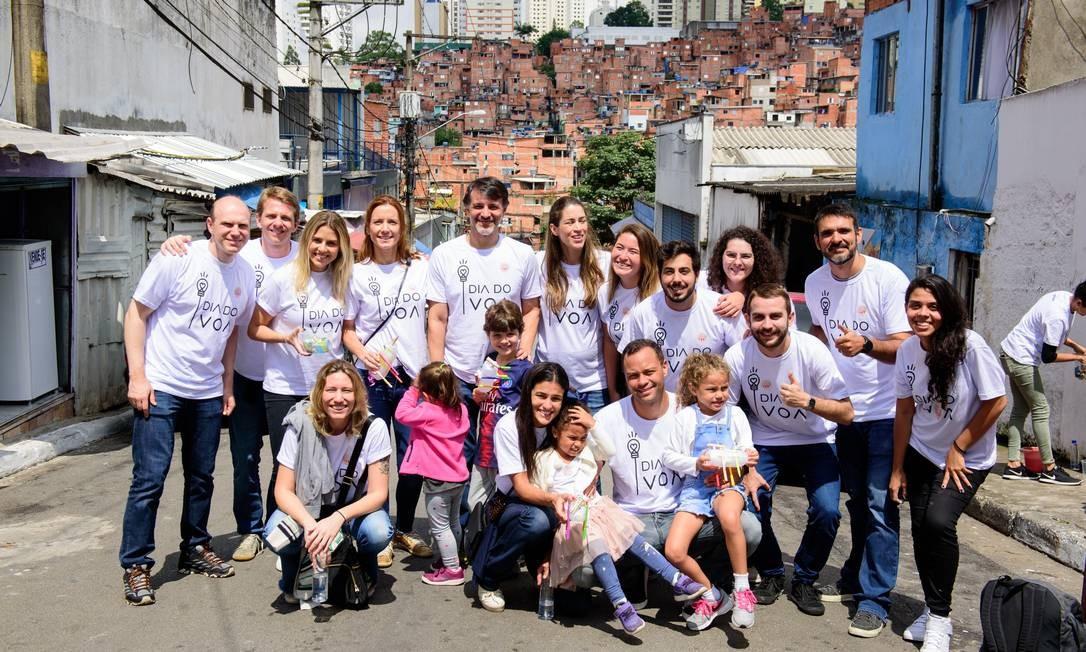 Funcionários da Ambev participam de atividades do Dia do VOA com os familiares Foto: Tulio Vidal / Divulgação