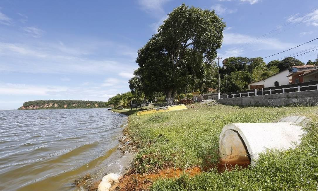 Lagoa de Jacaroá, em Maricá, no estado do Rio: a cidade é uma das que mais sofre com baixo índice de saneamento Foto: / Agência O Globo