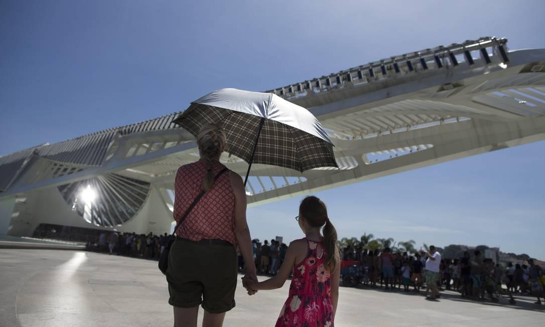 Fim do ano traz temperaturas altas e riscos com exposição ao sol Foto: Márcia Foletto / Agência O Globo