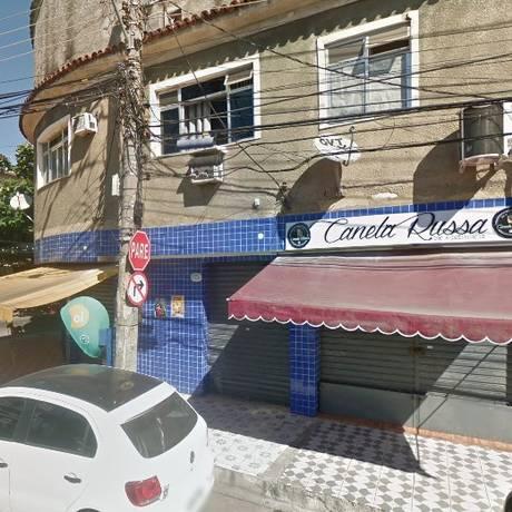 O bar onde ocorreu o duelo entre os policiais Foto: Google Street View / Reprodução