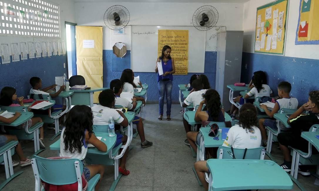 Alunos com TDAH deverão sentar nas primeiras fileiras da sala de aula Foto: Fábio Guimarães / Agência O Globo