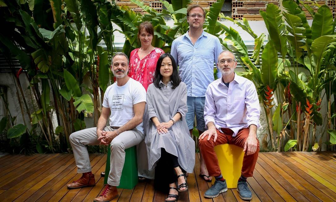 """Participantes do seminário """"Inspirações sobre vida e morte"""", em São Paulo Foto: Francio Holanda / Agência O Globo"""