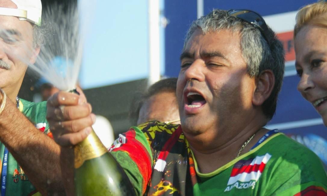 Patrono da Grande Rio usava loja de chinelos e loteria para lavar dinheiro, diz MP