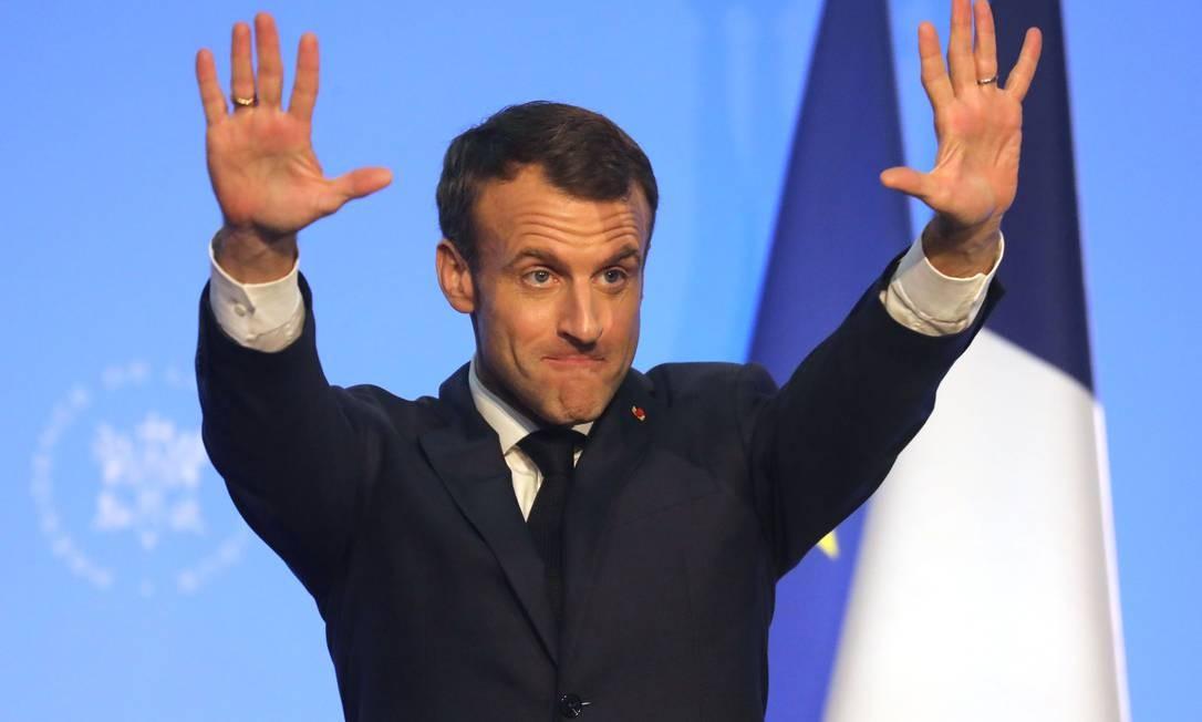 O presidente francês Emmanuel Macron gesticula durante a cúpula do G20, em Buenos Aires Foto: Ludovic Marin / AFP