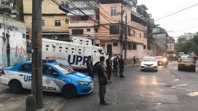 O policiamento reforçado no Morro do Borel Foto: Polícia Militar / Twitter