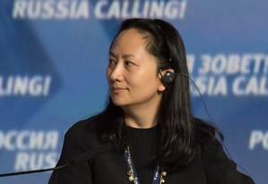 Meng Wanzhou, diretora da gigante de tecnologia chinesa Huawei, foi detida no Canadá, a pedido dos EUA Foto: STRINGER / REUTERS