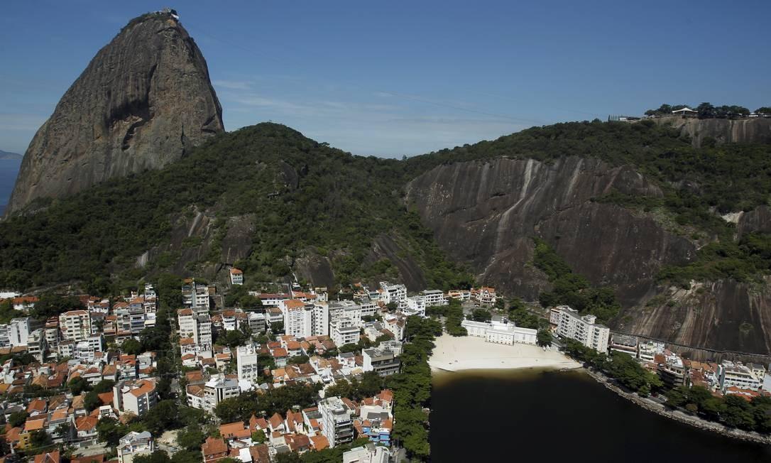 Urca. O bairro teve o maior aumento de aluguel entre os 80 bairros pesquisados Foto: Custódio Coimbra / Agência O Globo