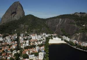 Urca teve maior aumento de aluguel entre os 80 bairros pesquisados Foto: Custódio Coimbra / Agência O Globo