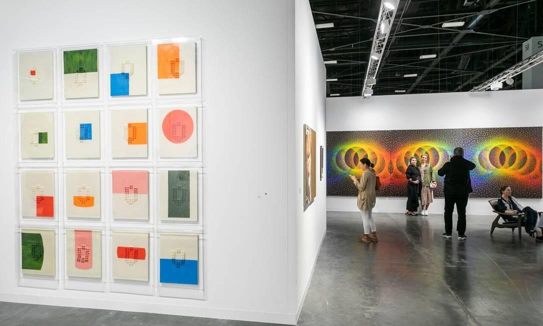 Estande da Nara Roesler na Miami Basel: novos colecionadores Foto: Divulgação