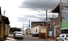 Rua Everton Batista, em Anápolis (GO), onde reside o médium João de Deus Foto: Jorge William / Agência O Globo