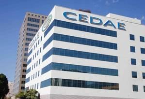 Cedae: empresa está no centro da discussão envolvendo o plano de recuperação do estado Foto: Breno Carvalho / Agência O Globo