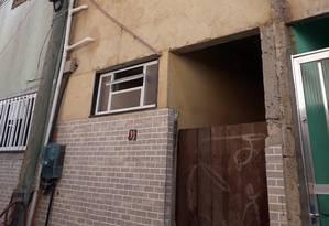 Casa do ex-motorista de Flávio Bolsonaro,Fabrício Queiroz, que movimentou R$ 1,2 milhão entre janeiro de 2016 e o mesmo mês de 2017 Foto: Juliana Castro / Agência O Globo